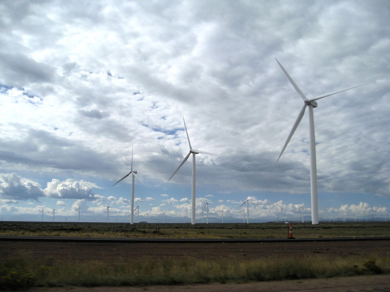 wpid-WindfarminNebraska-2014-08-23-18-15.jpg